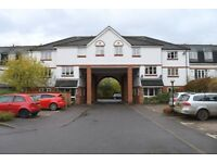 2 Bedroom flat with parking on Chaucer way, Wimbledon, SW19