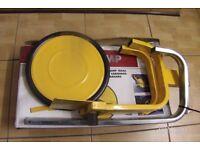 Roadsteer wheel clamp, fits 13 to 15 inch wheels, cars caravans ,trailers
