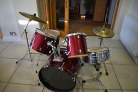 Used drum set, good for a beginner