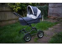 Silver cross pushchair grey white creme nice for boys or girls