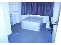 KING SIZE room AVAILABLE in Willesden Green NOW.