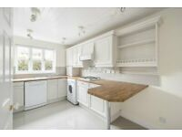Beautiful, spacious 4 bedroom Town house for rental in Elephant and Castle