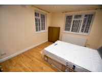 BRAND NEW 3 Double Bed Flat Opposite ARNOS GROVE Tube (Piccadilly Line)!
