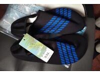 Mens Wet Shoes UK 8