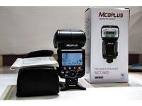 Mcoplus MCO-900 i-TTL GN58 LCD Display Master/Slave Speedlite Flash - Black
