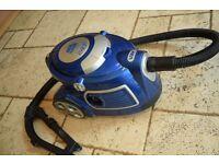 Vax - V-091X - Performance Pets 2400 - Bagless Vacuum Cleaner
