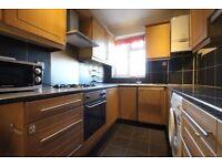 large 3 bedroom flat on Hounslow High Street, TW3