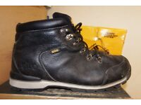 Used Workwear Clothing and Safety Shoes at Low Prices! Dewalt-Site-Bargain Prices