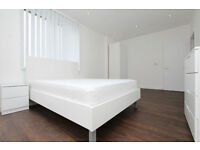 ROOMS AVAILABLE IN NEW PROPERTY CLOSE TO LONDON CITY AIRPORT