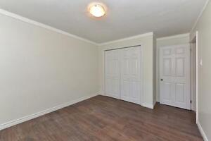 MODERN 1 BDRM, OFF COMMISSIONERS RD $795 PLUS London Ontario image 12
