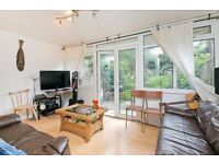 4 DOUBLE BEDROOM GARDEN HOUSE WITH LOUNGE! PERFECT FOR STUDENTS! TUFNELL PARK! DO NOT MISS!