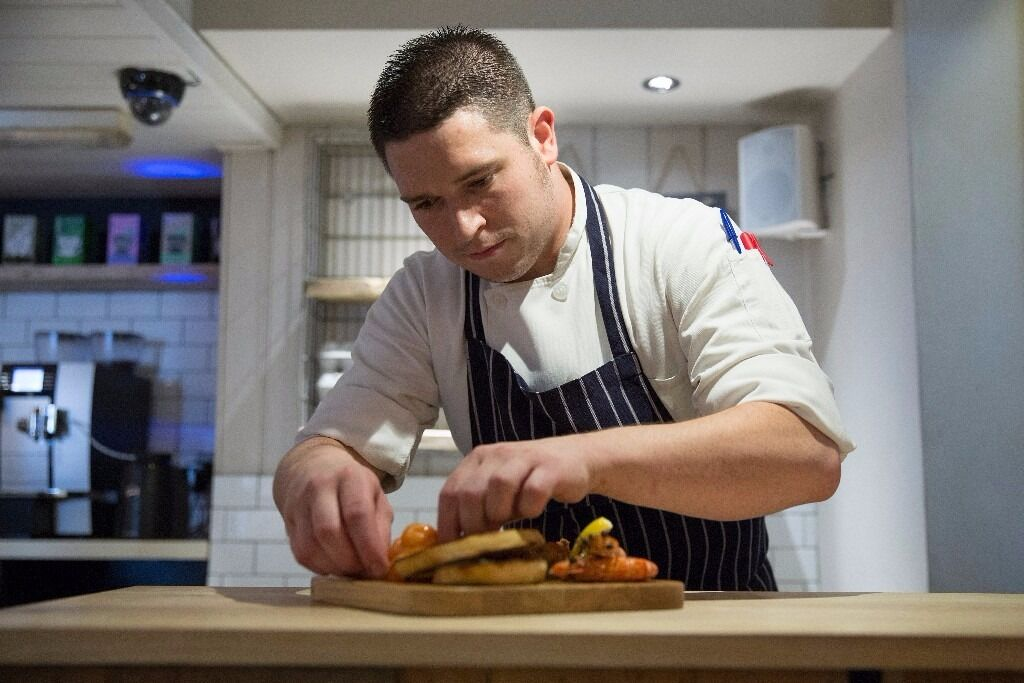 Chef required to run the kitchen at the George & Dragon, Thames Ditton (Live available)