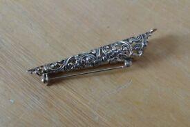 Vintage Costume Jewellery: A Filigree Lapel Flower Holder / Corsage, Posy Brooch / Pin.