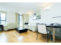 Sensational 3 Double Bed/2 Bathroom Flat With Concierge Minutes to Kings X & St. Pancras