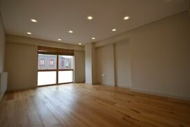 BRAND NEW LUXURY THREE BEDROOM/3BATH FLAT IN CROUCH END NORTH LONDON N8 WITH COMMUNAL ROOF TERRACE