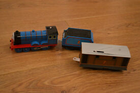 Thomas The Tank Engine Metal Train - includes 2 carriages