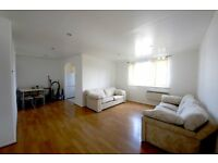 Very spacious and bright 2 bedroom flat in New Cross Gate