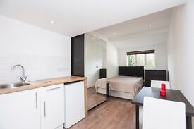 JD Property offer a medium self contained studio/bedsit room with en-suite shower and kitchenette.