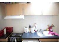 MODERN STUDIO IN WOOD GREEN, N22 8JP .ALL BILLS INCLUDED, FREE WIFI, .. 820 PM GREAT TRANSPORT LINKS