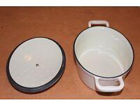 cast iron casserole-oval cream
