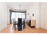 Spectacular 4 bedroom house to rent in the Brent cross area
