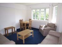 LARGE 3 Three bedroom property in a beautiful small development in Isleworth close to transport