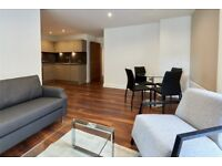 MUST SEE!! AMAZING 2 BEDROOM FLAT GREAT TRANSPORT LINKS INC NEW FURNITURE ***ROOF TOP GARDEN ***