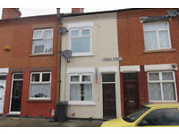 Newly Refurbished Two Bedroom House To Let in Fashionable West End Close to City Centre, Very Modern