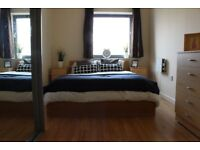Double room in Bow/ Stratford E15 2QG- 1 Double Bedroom and/or 1 Ensuite
