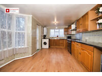 Hackney E5 : Clapton Pond : Fantastic 4 Bed House With Garden : Available Now !!!