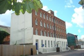 Large 1 bedroom apartment on 151 Albert Road South