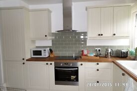 J-Building Services: kitchen, bathroom, bedrooms and carpentry
