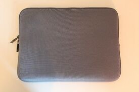 "GOJI G13LSGY16 13"" Laptop Sleeve"