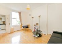 Large 2 Double Bedroom flat, Wood floors, Fitted kitchen! Moments from Caledonian Rd Stn and High St