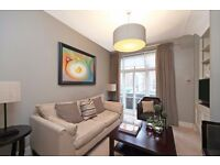 BRIGHT AND WARM 2 BEDROOM APARTMENT*CALL FOR VIEWING NOW