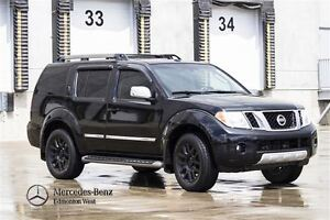 2012 Nissan Pathfinder LE 4WD w/Leather & Sunroof