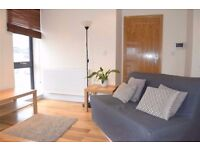 2 Bed flat with parking on South Park rd, Wimbledon, SW19