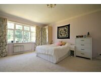 AMAZING FOUR BEDROOM MAISONETTE WITH INCREDIBLE VIEWS IN WEST HAMPSTEAD!CALL NOW PAT ON 02084594555!