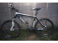 TREK 6000 2012 Mountain bike