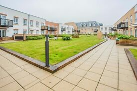 MODERN NEW BUILD LUXURY 1 BED APARTMENT WITH GATED PRIVATE ALLOCATED PARKING, PATIO AND GARDEN