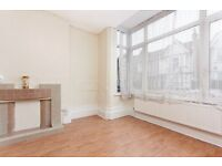 Beautiful spacious modern 2 bed flat with Garden in Thornton Heath