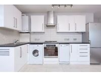 TWO BED FLAT ON HORN LANE WITH BALCONY & UNDERFLOOR HEATING.£1575*NO REFERENCING FEE FOR TENANTS!*