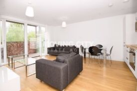 2 bedroom flat Campion House, Canada Water, SE16