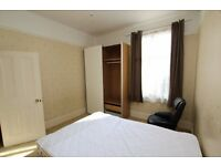 Large doube room to rent N19.
