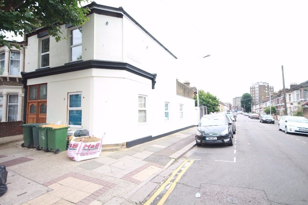 3 BEDROOM FLAT TO RENT IN UPTON PARK FOR JUST £400pw NEWLY REFURBISHED SECONDS TO UPTON PARK STATION