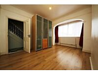 Spacious 4 bedroom house in Thornton Heath