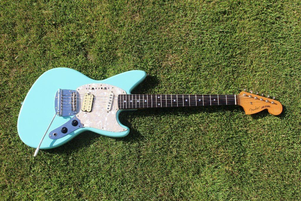 Gorgeous Fender Jagstang By Kurt Cobain Of Nirvana Mij Crafted In