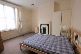 Beautiful Large 3 Bedroom Flat - Available Now - Part DSS Welcome