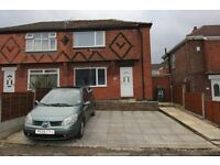 2 bedroom Semi-Detached House Droylsden
