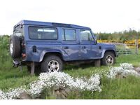 Land Rover Defender 110 2.5 TD5 XS County 5DR - 2005 (June 05) - 78,900 Miles